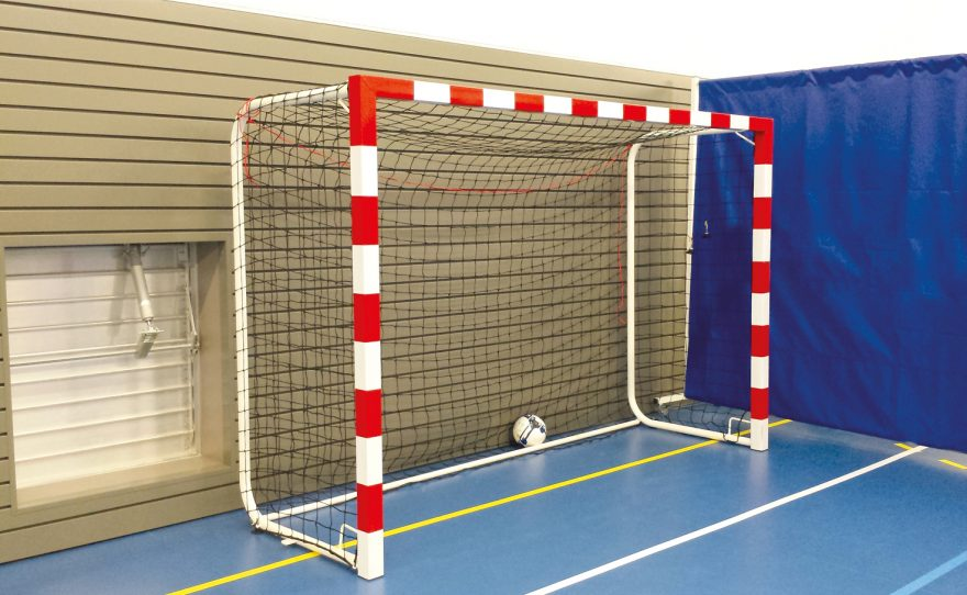 But de handball pour la compétition de Metalu Plast équipement de sport