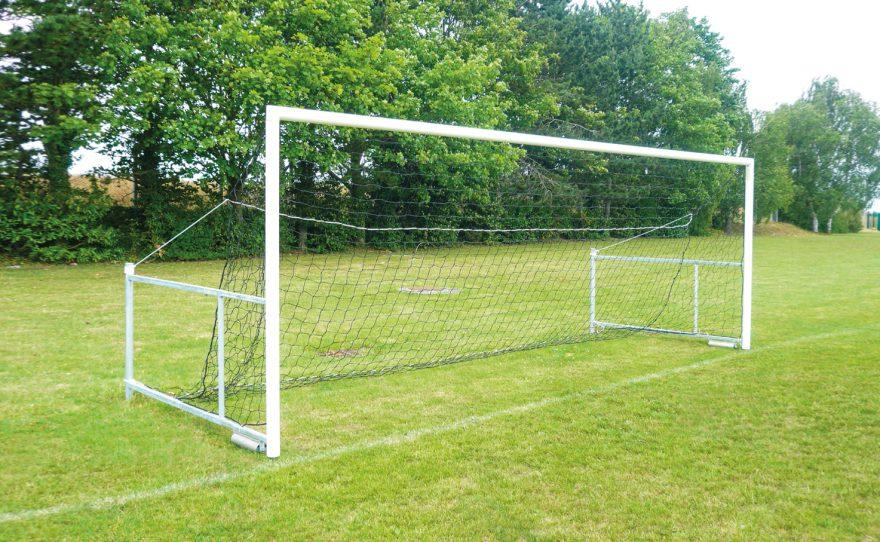 Cage de football à 7 repliable modèle Anfield de Metalu Plast