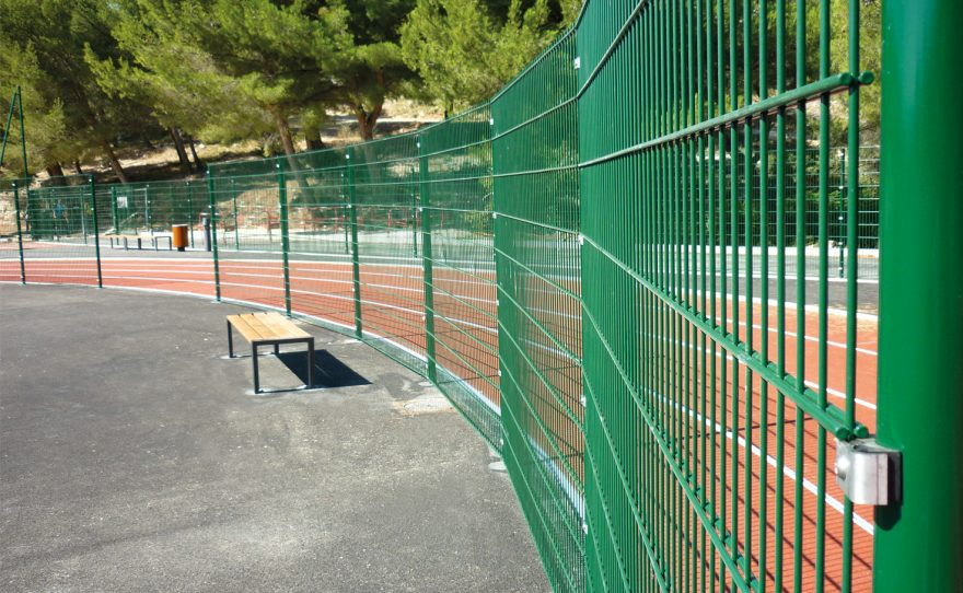 Metalu Plast panel in welded mesh with dB-Stop noise protection system