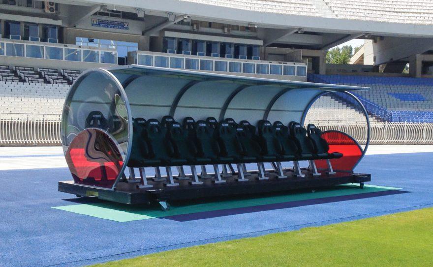 Abris de touche VIP pour football en aluminium 2 rangs et fauteuils baquets Metalu Plast