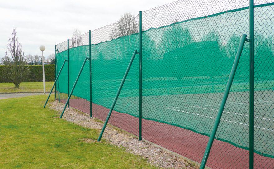 windscreen for tennis court fencing Metalu Plast