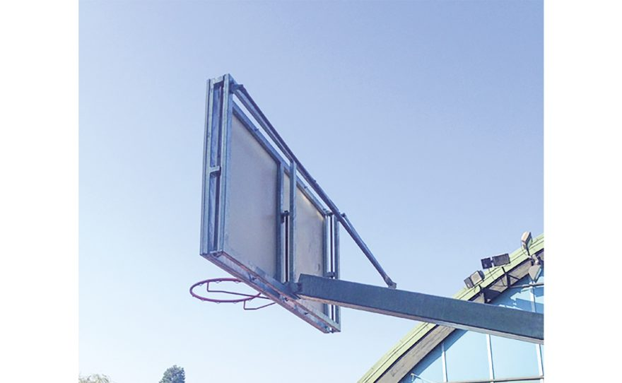 Basketball goal for competition and outdoor use in galvanized steel Metalu