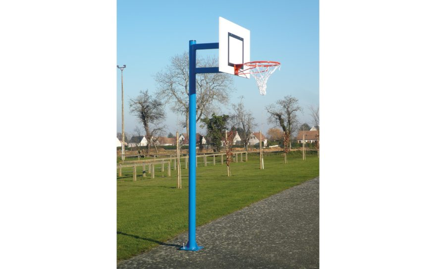Scholar basketball goal with round posts Metalu Plast manufacturer of sports equipment