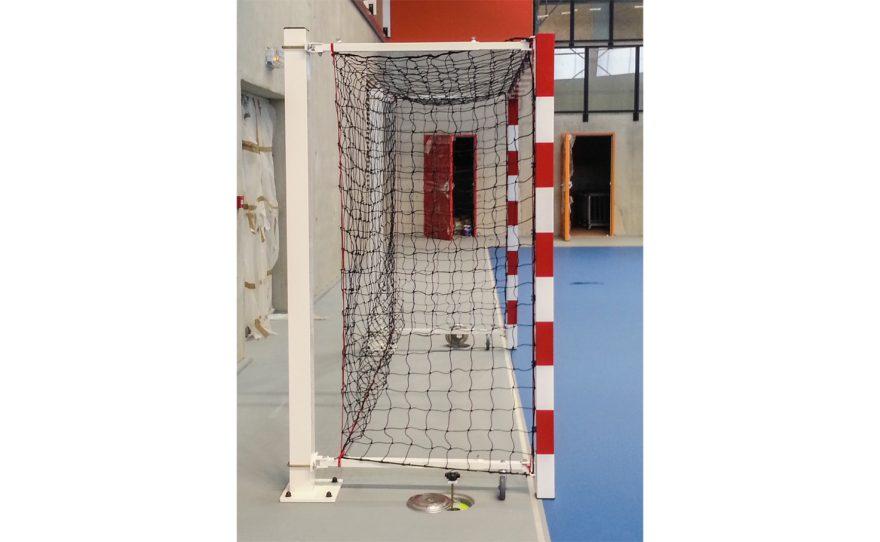 But de handball en acier galvanisé rabattable étudié pour la compétition