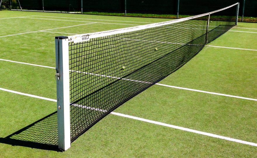 Poteau en aluminium carré pour le tennis à sceller