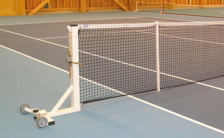 Square mobile tennis posts on base plate Metalu Plast