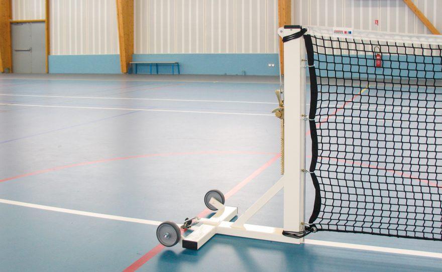 Square mobile tennis posts on base plate made of white plastic-coated sendzimir steel Metalu Plast
