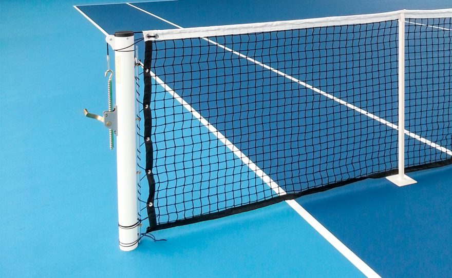 Poteau de tennis rond à sceller plastifié blanc Metalu Plast