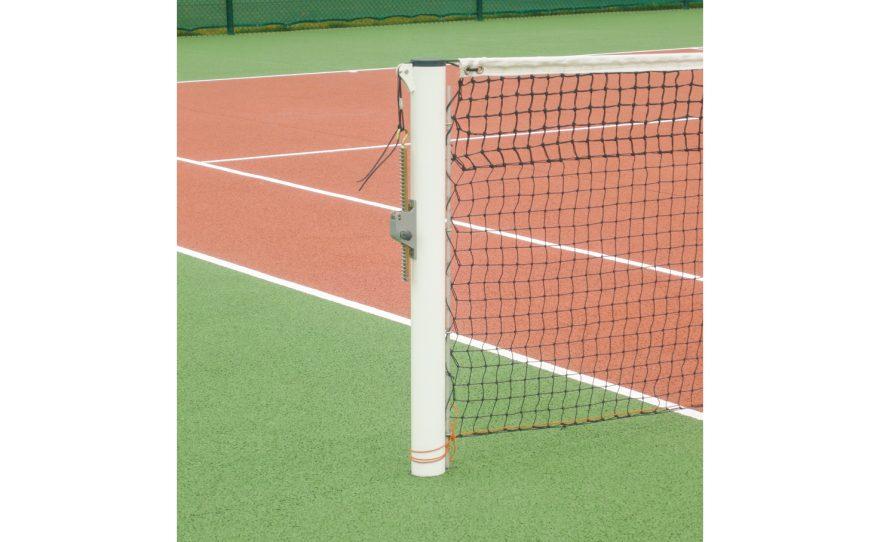 Poteau de tennis rond à sceller en acier galvanisé ou aluminium Metalu Plast