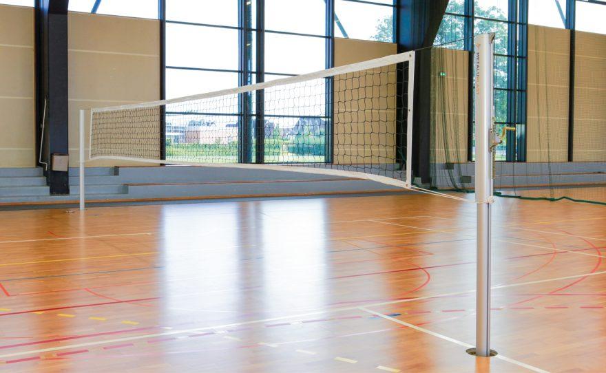 Poteau de volley ball compétition nationale et internationale ovoide coulissant anodisé