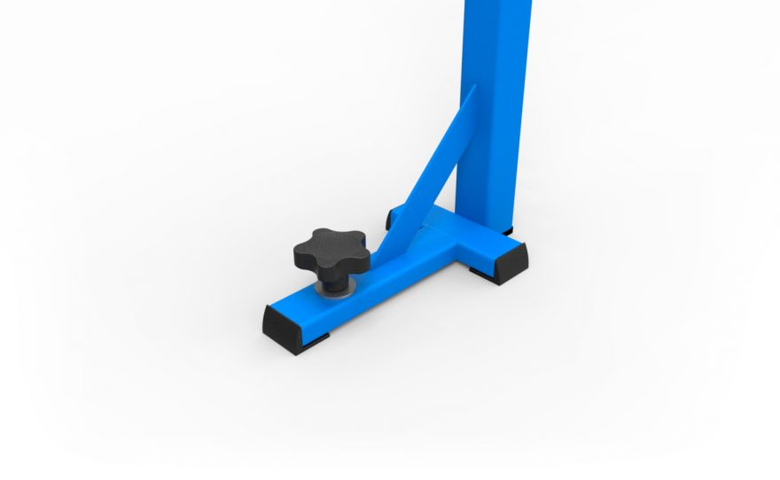 Baseplate for badminton posts adapted to competition