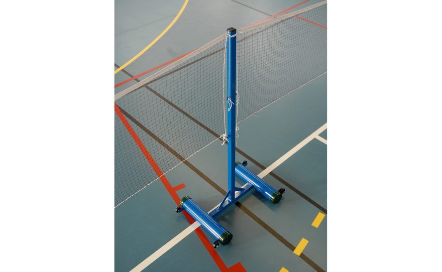 Central badminton post for leisure with base to be ballasted Metalu