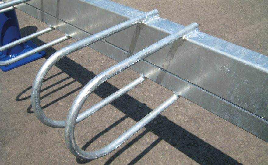 Galvanized steel bicycle rack on plate Metalu