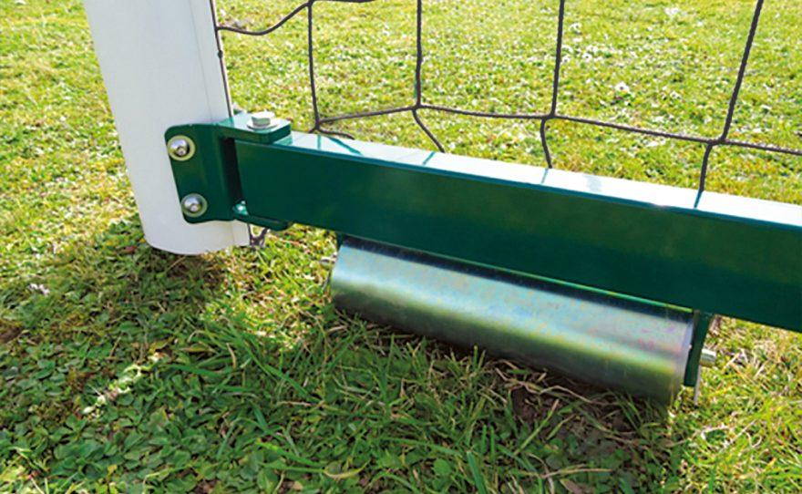 Rouleau de but de football repliable avec étrier et filet intégré Metalu Plast