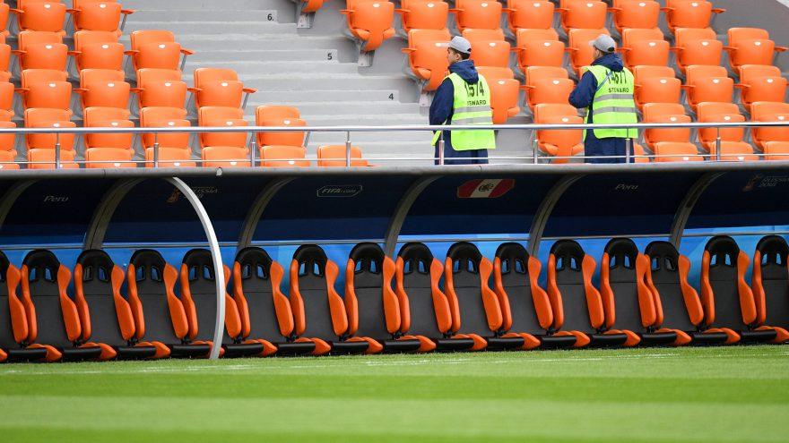 abri de touche pour la coupe du monde de football 2018 siège baquet VIP Metalu Plast